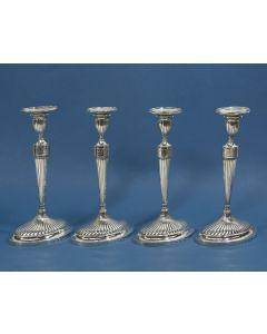 Vier zilveren kandelaars, François Simons, Den Haag 1800