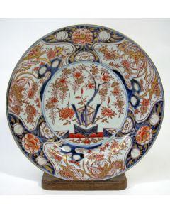 Japans Imari schotel, 1e kwart 18e eeuw