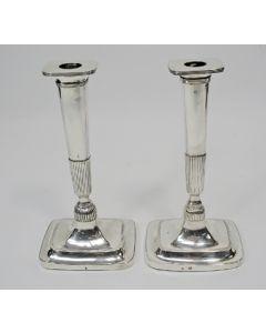 Zilveren kandelaars, 1819 en 1825