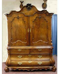 Notenhouten kabinet, ca. 1760
