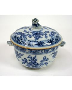 Chinees porseleinen dekselpotje, Qianlong periode