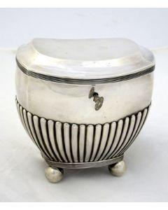 Zilveren theedoos, 1822
