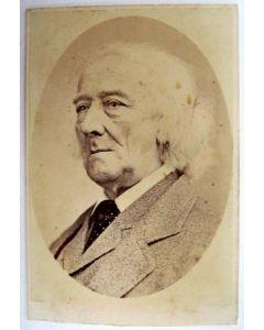 Portretfoto van Jacob van Lennep, ca. 1865