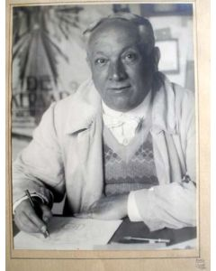 Portretfoto van Chris van der Hoef, 1932