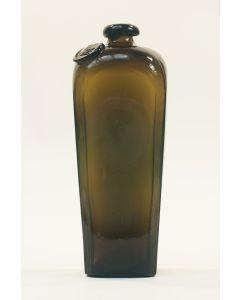 Groenglazen jeneverfles/kelderfles, 19e eeuw
