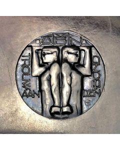 Bakelieten sigarenkoker met logo van de ANMB, ontwerp Chris van der Hoef, 1930