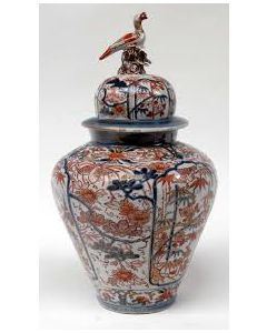 Japanse Imari dekselvaas, 1e kwart 18e eeuw