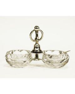 Kristallen zoutvat met zilveren montuur, 19e eeuw
