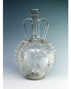 Geëtste glazen oorkaraf, 19e eeuw