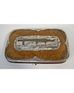 Sigarenkoker met zilveren monturen, afbeelding stoomtrein, 19e eeuw