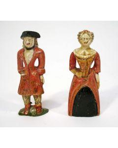 Stel koloniale albasten beeldjes, westers echtpaar, 18e eeuw