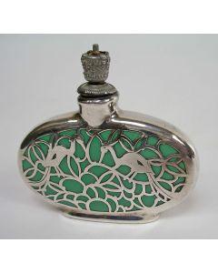 Parfumflesje met zilveropleg, Deusch, ca. 1920