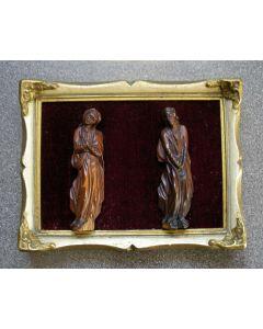 Notenhouten sculptuurtjes, Kruisigingsgetuigen, 18e eeuw