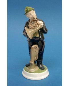 Porseleinen beeld, hoornblazer. Ontwerp Karl Himmelstoss voor Rosenthal, ca. 1920/30