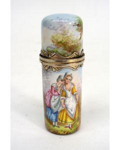 Geëmailleerde parfumfles met verguld zilveren montuur, 19e eeuw