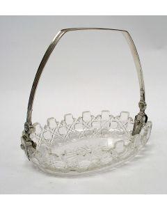 Kristallen soezenschaaltje met zilveren hengsel door Diederik Lodewijk Bennewitz, Amsterdam 1834