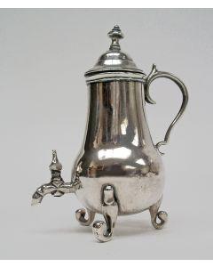 Zilveren miniatuur kraantjeskan, Arnoldus van Geffen, Amsterdam, 1756