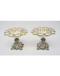 Stel überfang kristallen coupes op zilveren voet, 19e eeuw