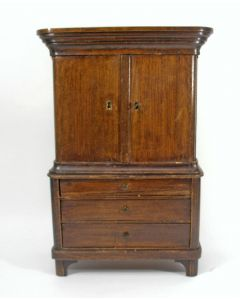 Miniatuur kabinetje, 19e eeuw