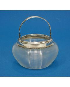 Ribglas klontjesbakje met zilveren montuur, 19e eeuw