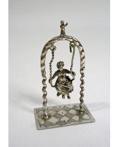 Miniatuur zilveren schommel,  18e eeuw