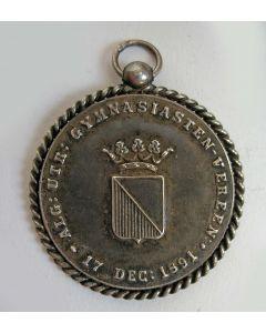 Zilveren draagteken Utrechtse Gymnasiasten Vereeniging, 1891