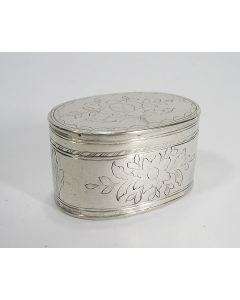 Gegraveerde zilveren snuifdoos, Conrad Davion, Breda of Bergen op Zoom,1809.
