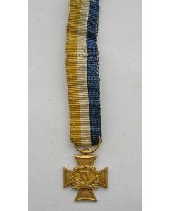 Officierskruis, 15 jaar, uitgevoerd in goud, 19e eeuw