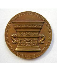 Penning, Eeuwfeest Nederlandse Maatschappij ter Bevordering der Pharmacie, 1942