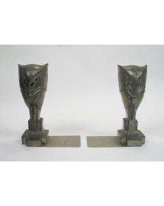 Stel tinnen boekensteunen in de vorm van uilen, ontwerp Chris van der Hoef voor Gero, ca. 1933