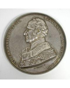 [Vrijmetselarij] Zilveren penning ter ere van Prins Frederik der Nederlanden bij het vervullen gedurende 50 jaar van het ambt van Grootmeester-Nationaal der Vrijmetselaren, 1866