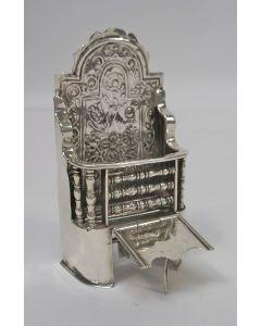 Zilveren miniatuur open haard, 18e eeuw