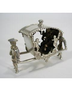 Miniatuur zilveren draagkoets
