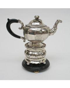 Zilveren theepot op komfoor, Friesland 1865