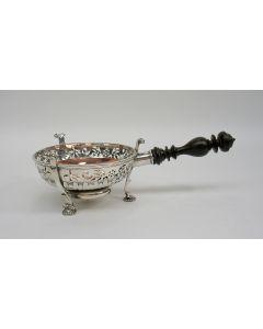 Zilveren komfoor, Jacobus van der Hegge, Den Haag 1731