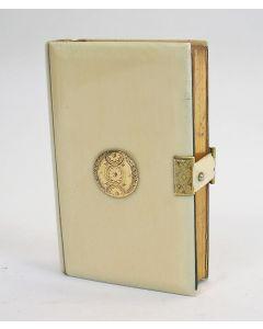 Gebedenboekje met ivoren band en gouden monturen, 19e eeuw