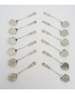 12 zilveren ijslepels, bloemsteel