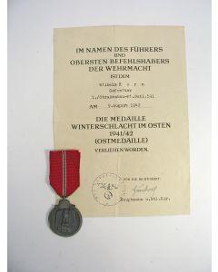 Medaille Winterschlacht im Osten 1941/42 (Ostmedaille), met bijbehorende oorkonde