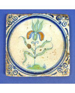 Polychrome tegel met bloem, 17e eeuw