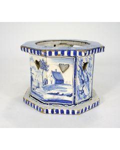 Fries aardewerk komfoor met testje, Makkum, 19e eeuw