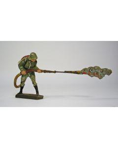 Elastolin figuur, Wehrmachtssoldaat met vlammenwerper