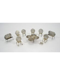 Filigrain zilveren miniatuur ameublement, 19e eeuw