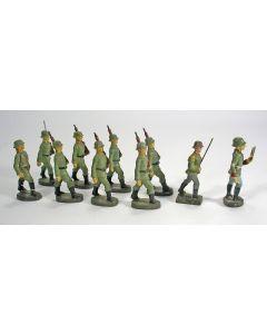 Elastolin figuren, marcherende Wehrmachtsoldaten , ca. 1935.