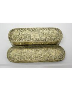 Gegraveerde koperen tabaksdoos met bijbelse voorstellingen, 18e eeuw