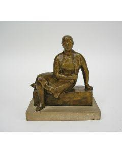 Han Wezelaar, Zittende vrouw, brons, 1932