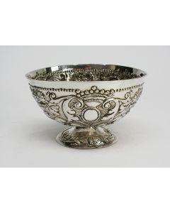 Friese zilveren roomkom, 18e eeuw