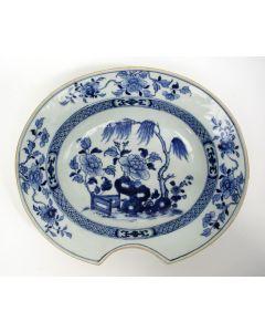 Chinees porseleinen scheerbekken, Qianlong periode, 18e eeuw