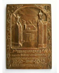 Plaquette ter herdenking aan de verzorging der oorlogsgewonden in het Rijkshospitaal, Utrecht 1940-1942