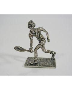Miniatuur zilveren tennisspeler