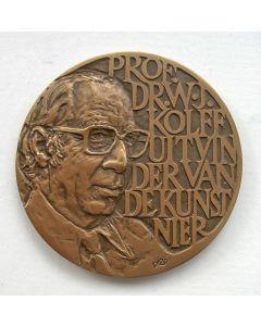 Penning. 10 jaar Nierstichting Nederland, 1977 [Willem Vis]